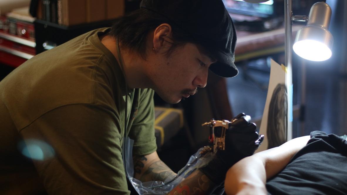 SACRED CARTEL TATTOO STUDIO 「AKASHIさん」